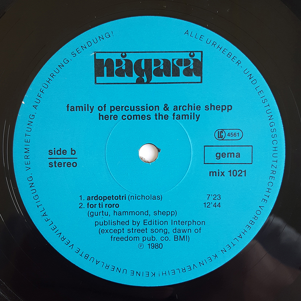Family Of Percussion & Archie Shepp ‎– Here Comes The Family