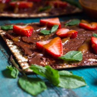 Dessert Matzah Pizza with Chocolate, Strawberries and Salted Caramel