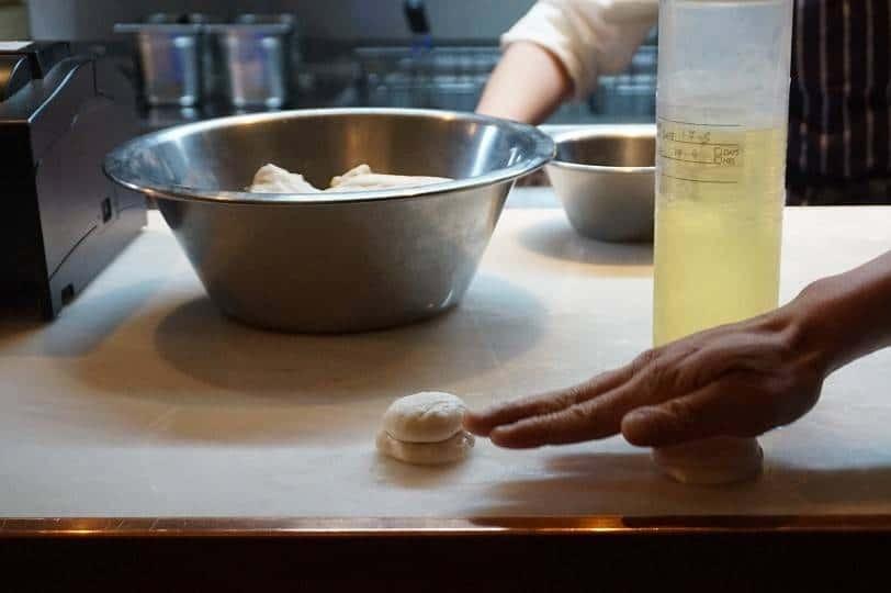 Making bao at Cha Chaan Teng