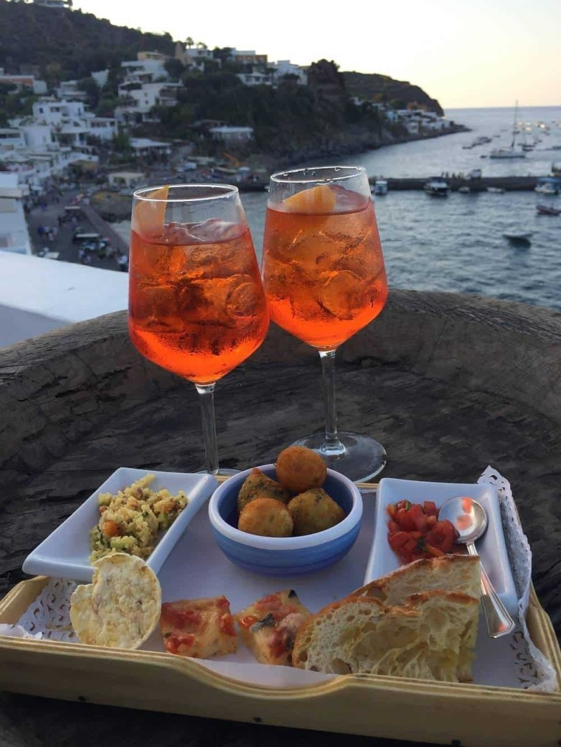 Aperitivo at hotel Raya in Panarea