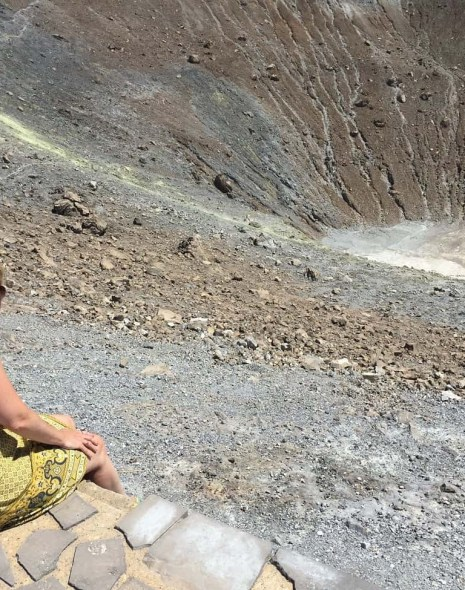 Climbing a vulcano