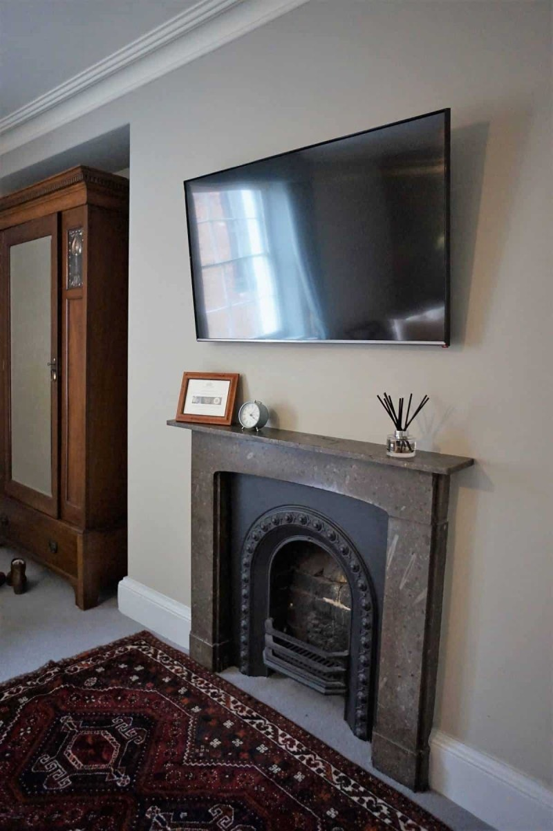 Fireplace in Somerset room at Grays Court