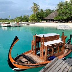 Four Seasons Kuda Huraa in…