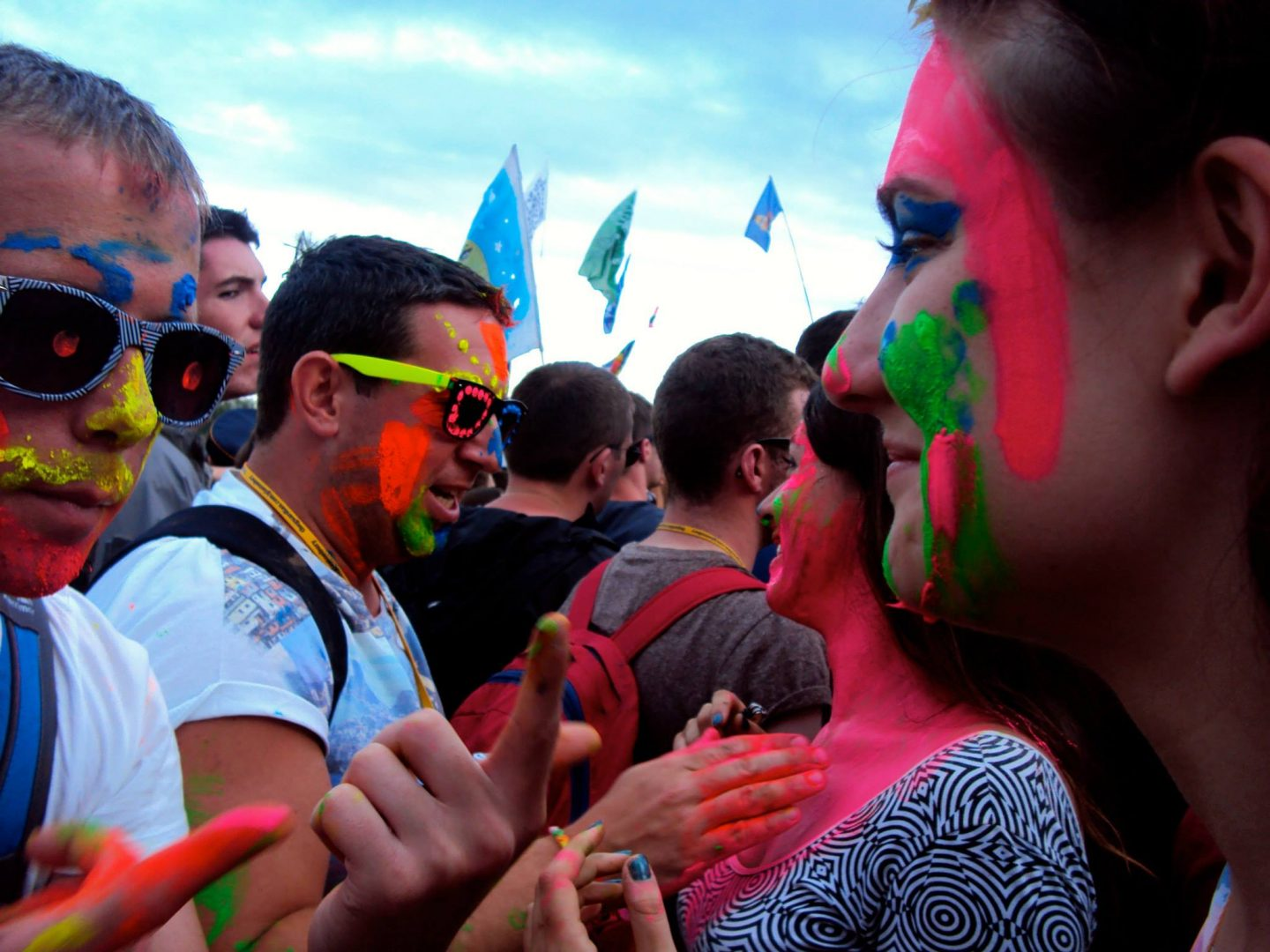 Face painting in the crowd