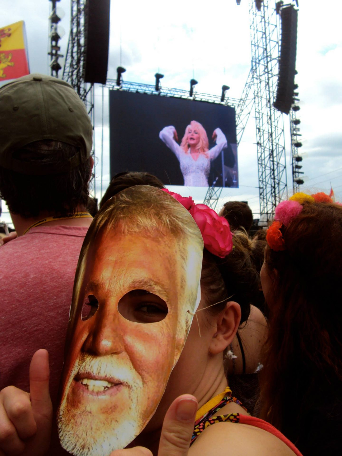 Kenny Rogers and Dolly Parton at Glastonbury