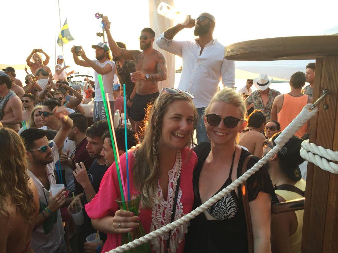 Girls at Hula Hula Beach Club, Hvar