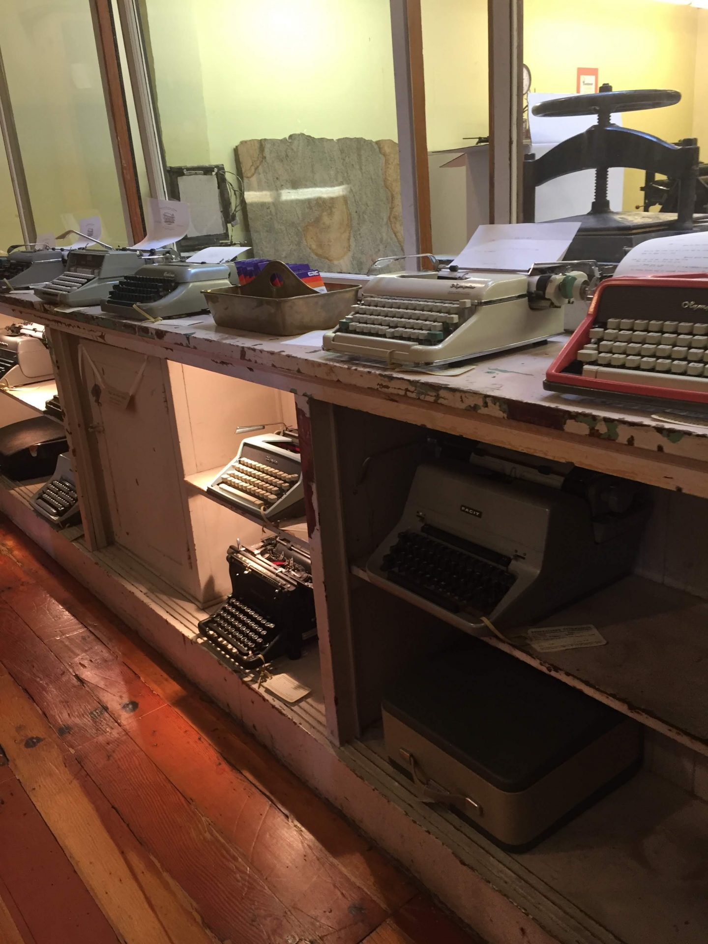 Typewriters in Oblation, Oregon