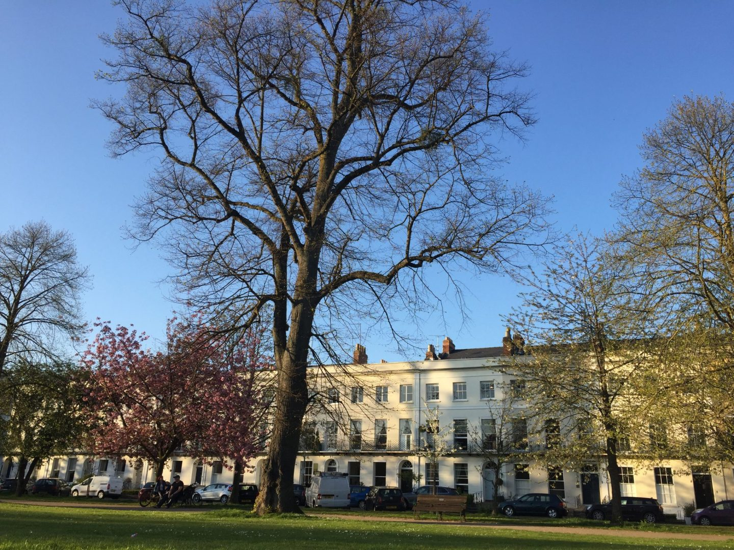 A guide to Cheltenham, Gloucestershire