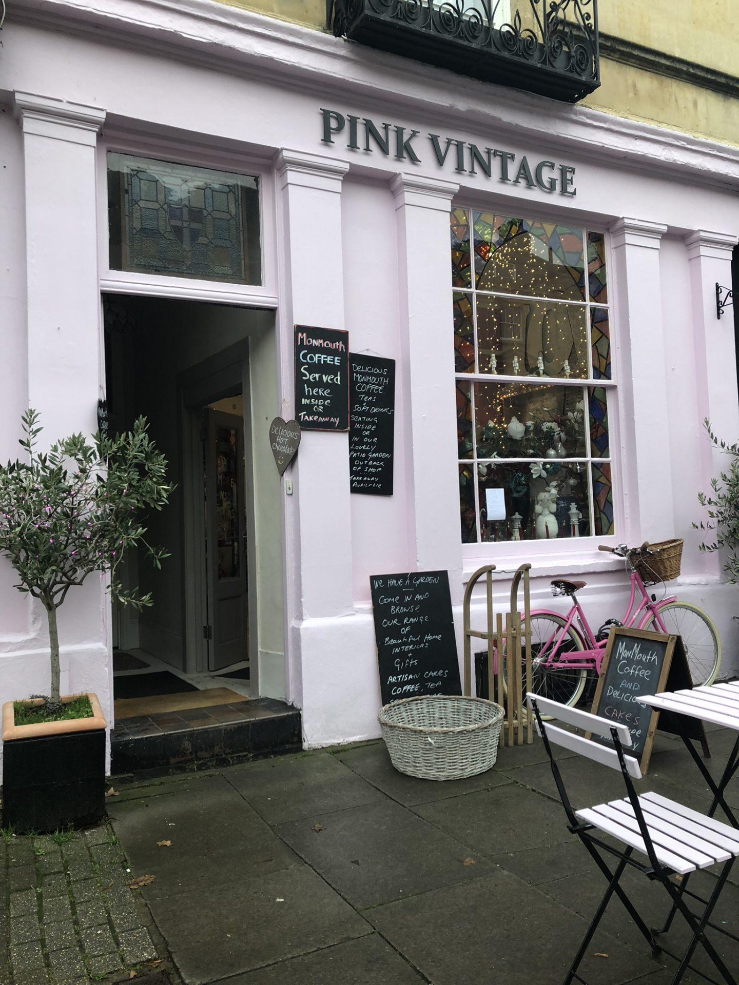 Pink Vintage, Cheltenham