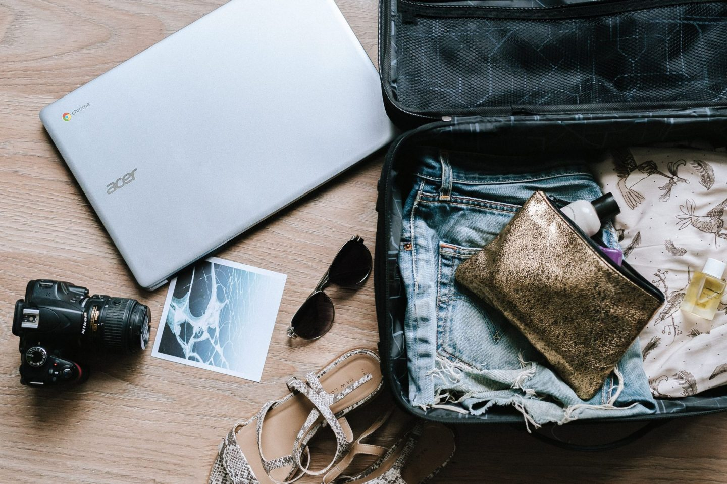 Checklist for moving abroad: packing