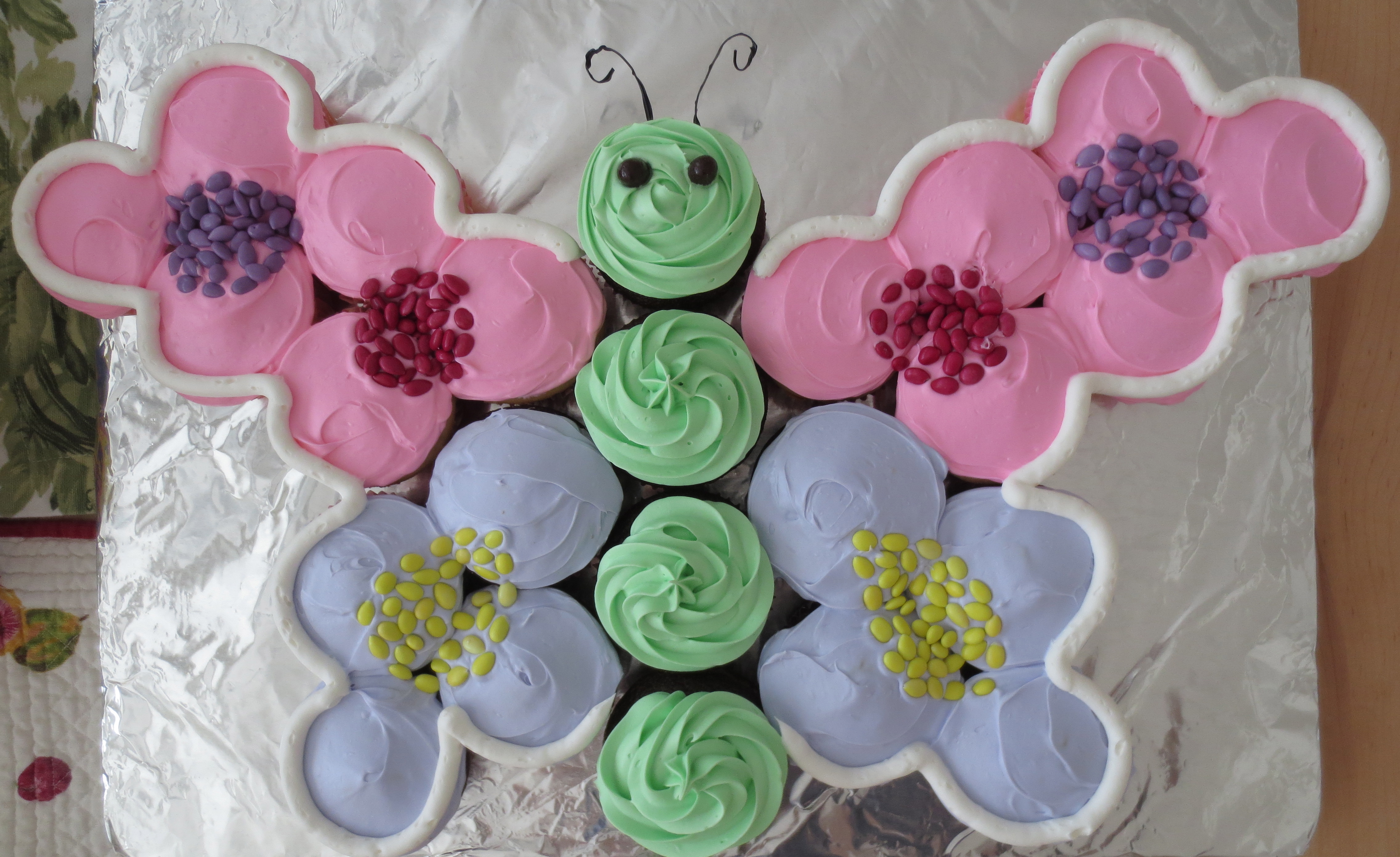 What Mariel Made: Butterfly Cupcake Cake