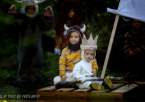 41 Cute & Clever Halloween Costume Ideas For Siblings (No DIY Required!)