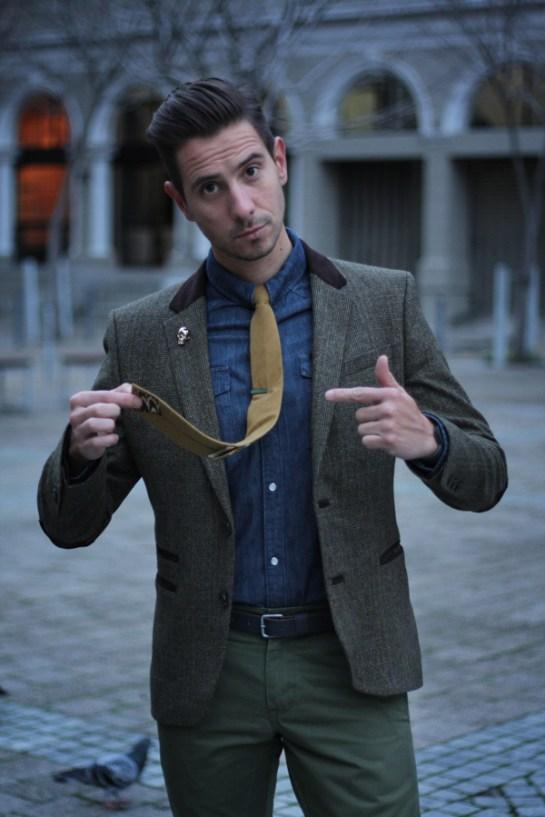This-tie