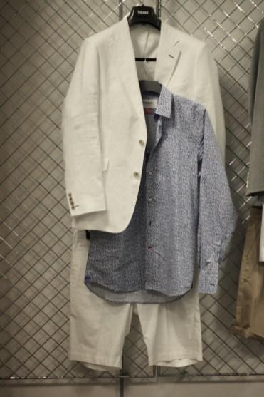 linen-suit