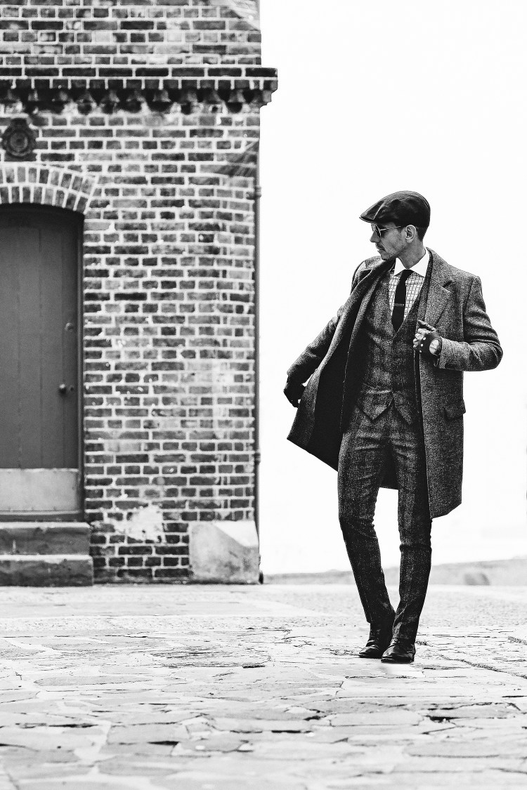 Peaky-Blinders-Style-1920's-Mens-Fashion-8-(B&W)