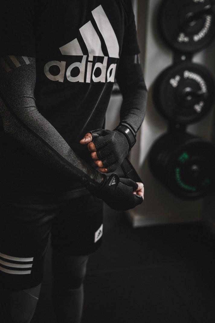 Arrow-Club---Adidas-Gloves