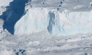 Ogromny mur na Antarktydzie mógłby zatrzymać wzrost poziomu wody