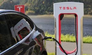 Chiny śledzą samochody elektryczne