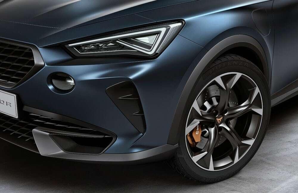 Seat Cupra świętuje rok na rynku konceptem wydajnego hybrydowego SUVa
