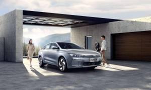 Geely Geometry A to chińska konkurencja dla Tesla Model 3