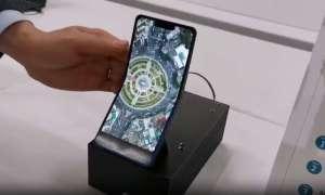 Sharp także szykuje składany smartfon