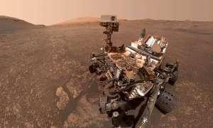 Marsjański łazik Curiosity dostrzeżony z orbity