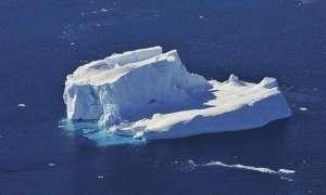 Topnienie gór lodowych może odgrywać znaczącą rolę w spowalnianiu globalnego ocieplenia