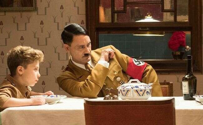 Zwiastun Jojo Rabbit i Taika Waititi jako Hitler
