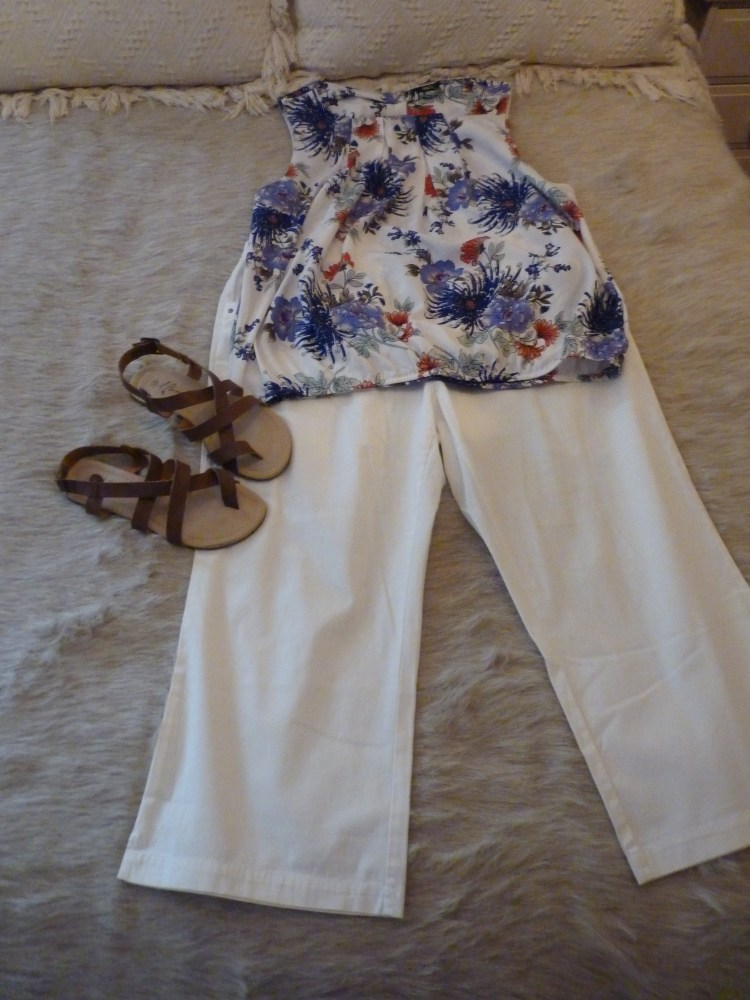 HOLIDAY CAPSULE WARDROBE FOR A 4 DAY SUMMER TRIP (2/6)