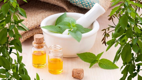 Best essential oils for natural mosquito protection for babies