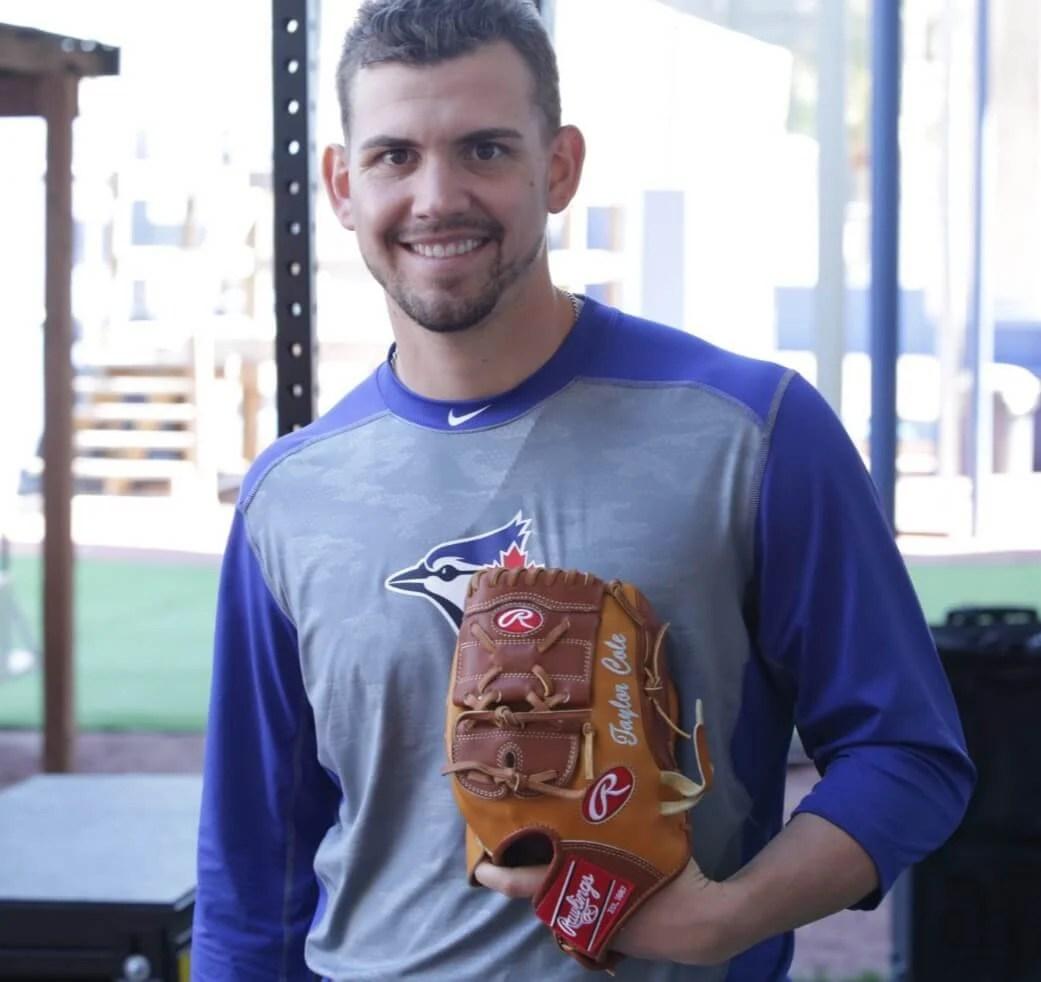Taylor Cole Rawlings Glove