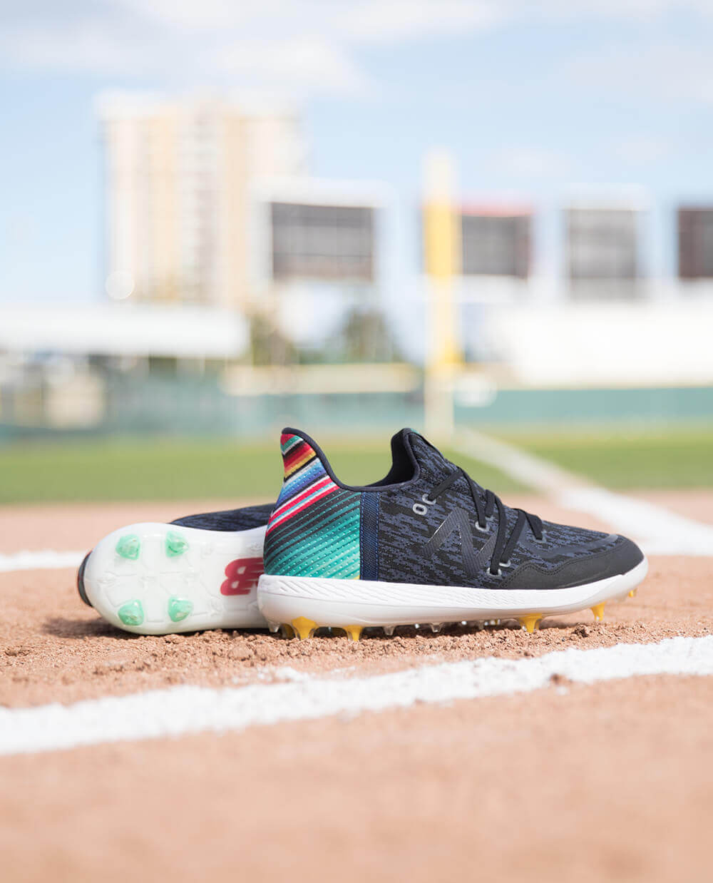 be25aeba1 What Pros Wear  Francisco Lindor s New Balance Cleat for 2019