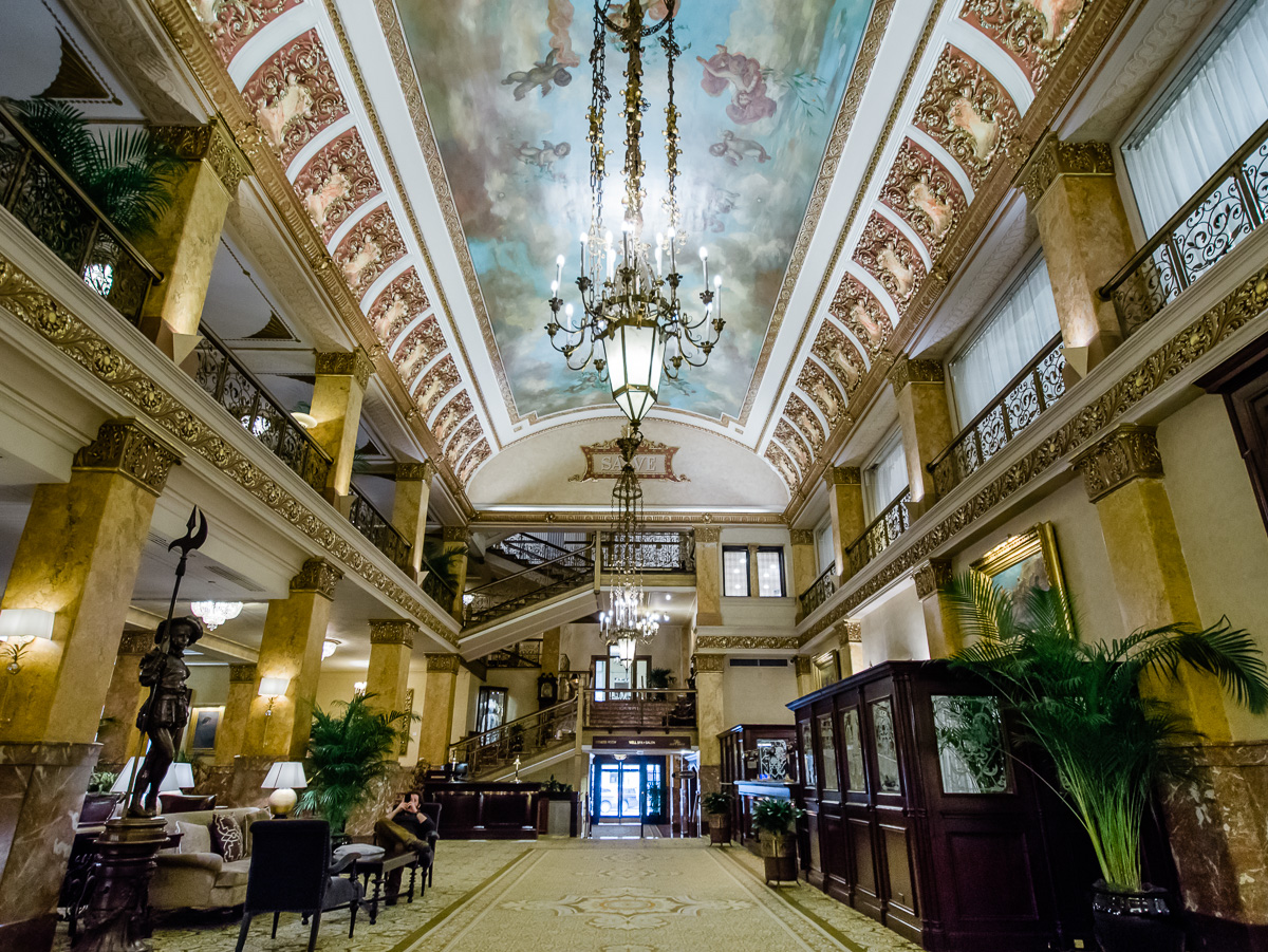 Pfister_Hotel_Amenities_Mattinson_Photography_Milwaukee_web-101