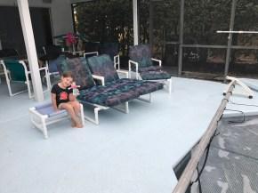 Flat Sammy by the pool