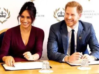 Prince Harry & Meghan Markle Sign Podcast Deal