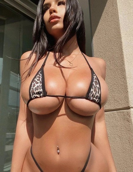 whatsappiamo con le mogli italiane sexy