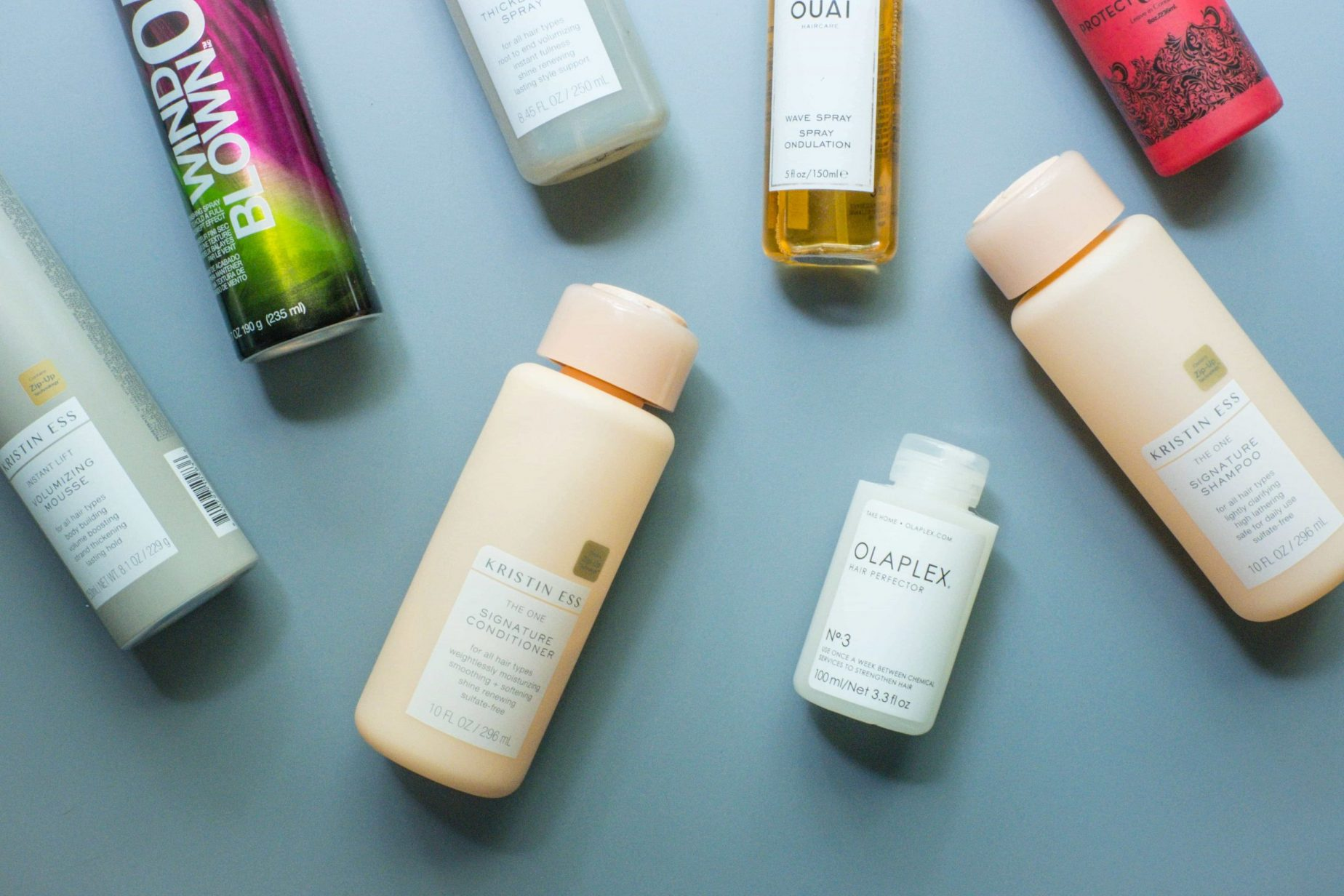 7 Hair Products I'll Keep Repurchasing #whatsavvysaid #ontheblog #wellness #lifestyle #haircare #beautyprotector #ouai #olaplex #redken #kristiness #healthyhair