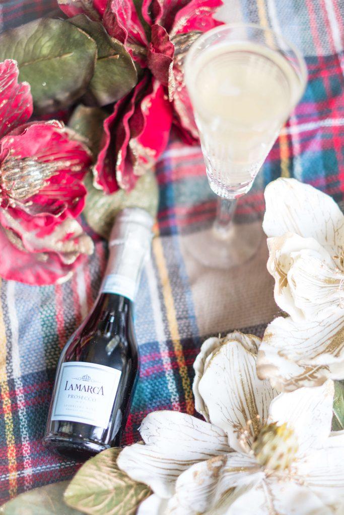 4 Easy, Festive Drinks To Make This Holiday Season #whatsavvysaid #christmas #holidayseason #holidayfood #holidaydrinks #mimosas #applecider #lamarca #prosecco