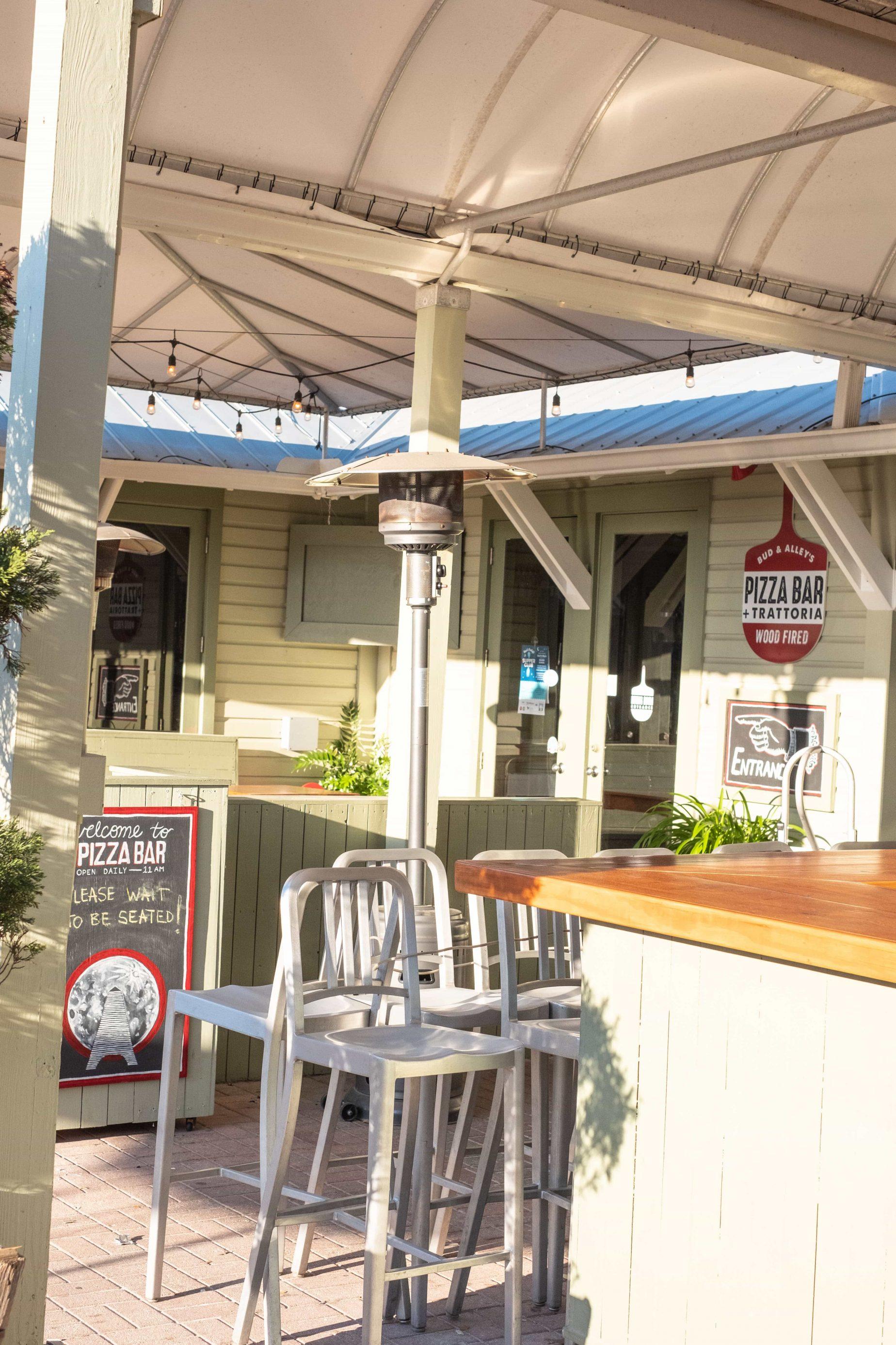 Gluten Free Options In Seaside Florida #whatsavvysaid #seasideflorida #glutenfree #seaside #budandalleyspizzabar