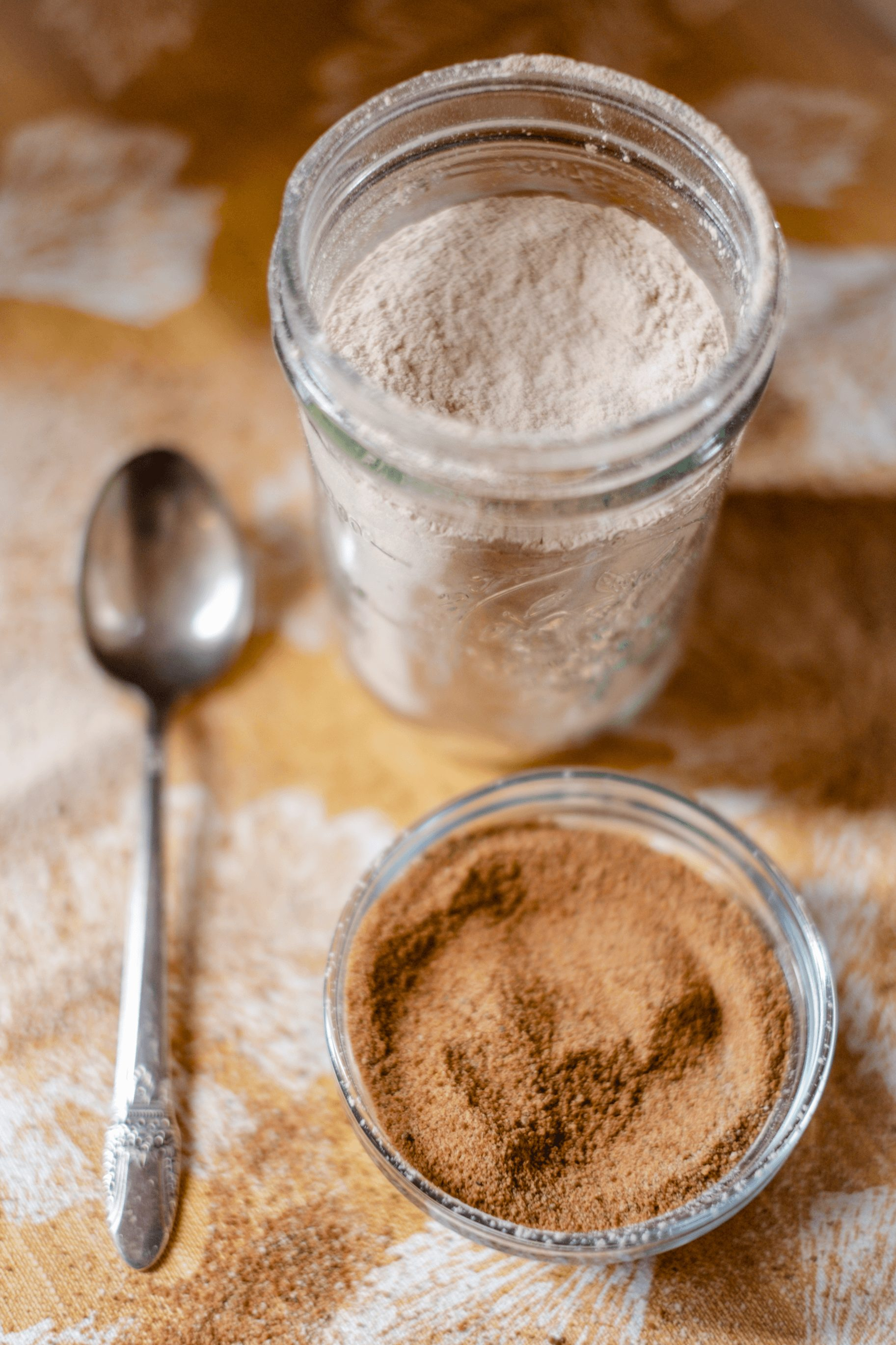 How To Make Powdered Sugar #whatsavvysaid #coconutsugar #paleofriendly #powderedsugar