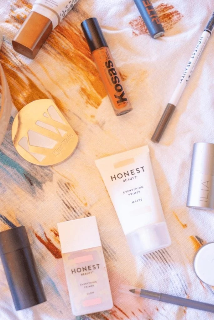 Kosas 10 Second Eye Shadow + Other Clean Faves - What's In My Spring Clean Make-Up Bag #whatsavvysaid #aetherbeauty