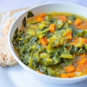 Hormone Happy Vegetable Soup #whatsavvysaid #paleorecipe #hormonalimbalance