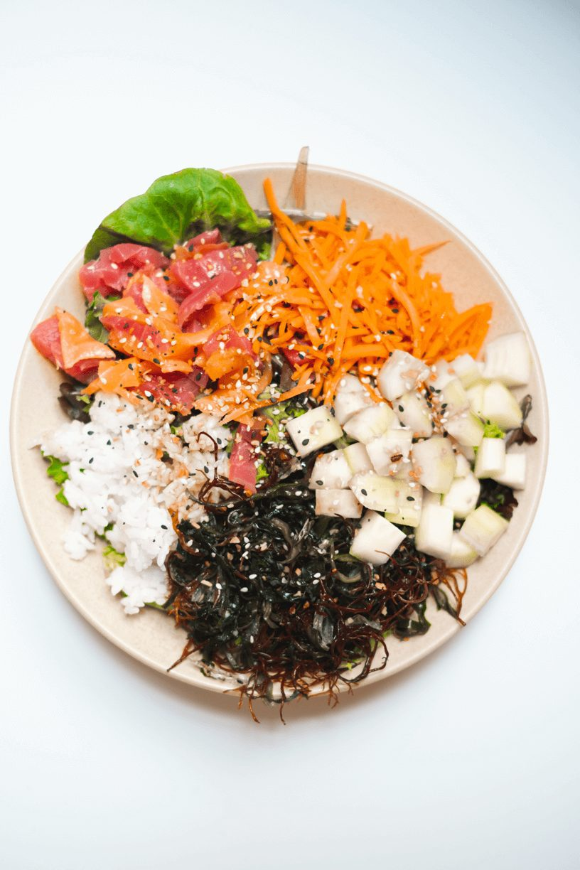 Easy Poke Bowl + Seaweed Salad - How To Make A Poke Bowl At Home #whatsavvysaid #paleorecipe