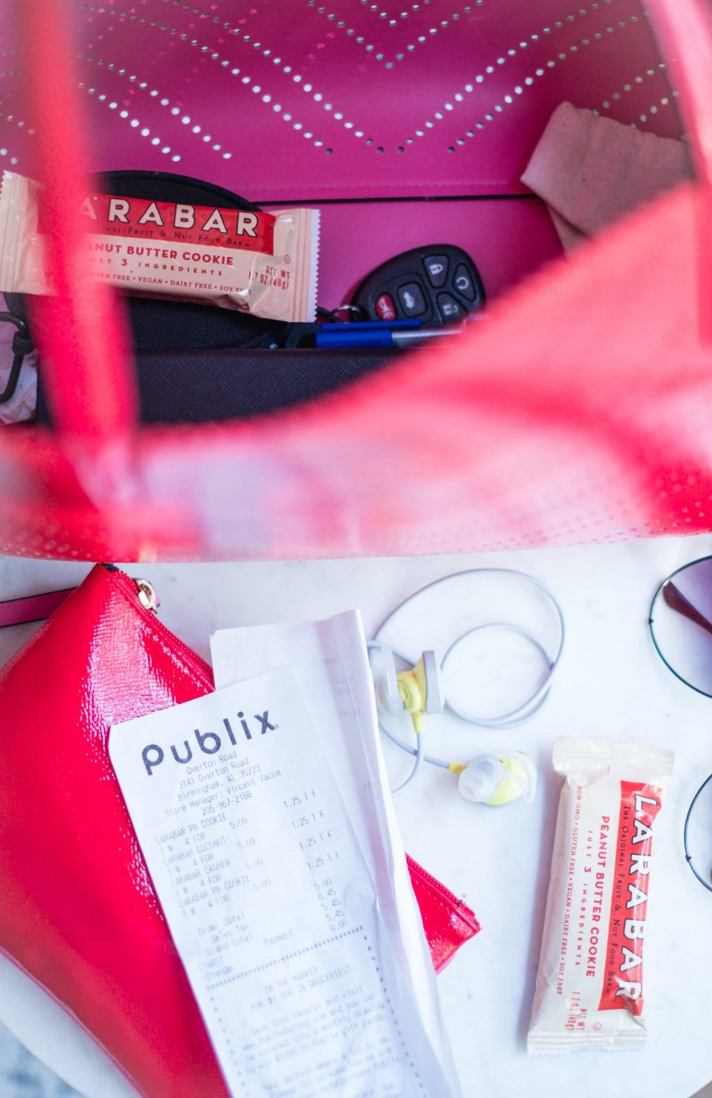 How I'm Staying On Track With My Fitness Goals #whatsavvysaid #wellness #fitness #larabar #publix