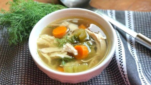 Traditional Jewish Chicken Soup Recipe (Jewish Penicillin)