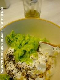 Lebanese Cold Cucumber And Yogurt Soup ©