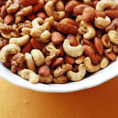 roasted sweet and spicy nuts - microwave recipe, easy, healthy, winter food, quick and easy