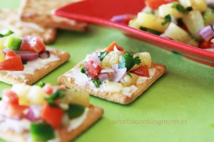 pineapple salsa canapes