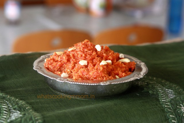 Gajar Ka Halwa - popular Indian Dessert made with Carrots, milk and Sugar. #sweets #egglessdessert #carrots #indian #easytomakesweets