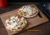 Roti pizza | 5 fast foods made healthy